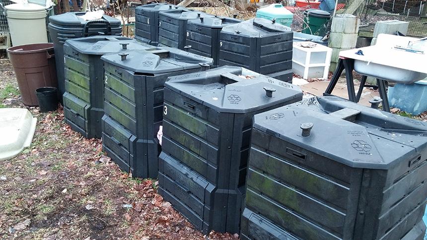 backyardbins.jpg