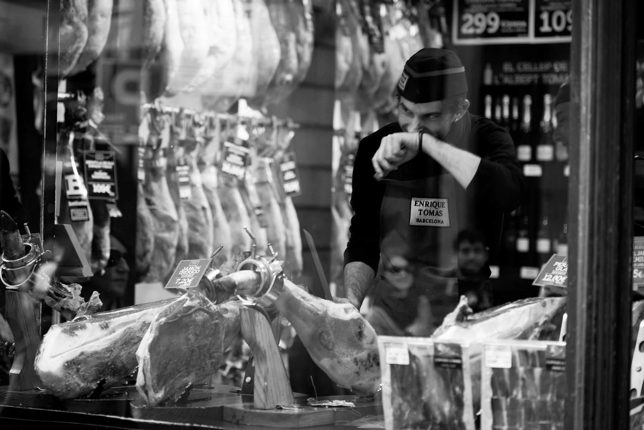 Chacon Images_Barcelona_Street_WEB_-9906.jpg