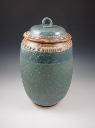 BW Vase website.jpg
