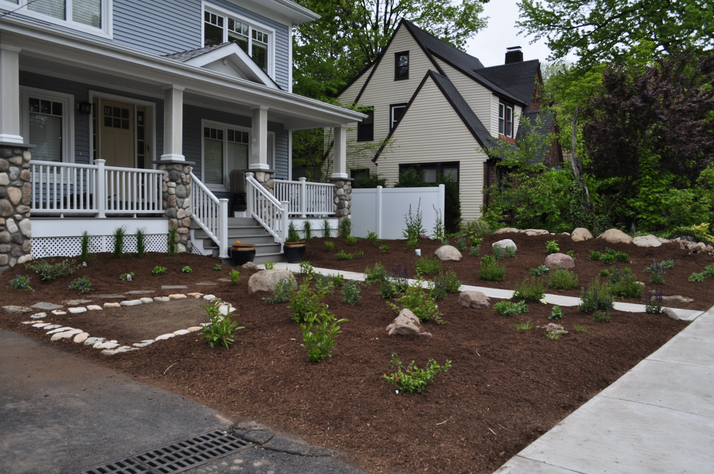 Front yard Landscape Design by Blossoming Beginnings