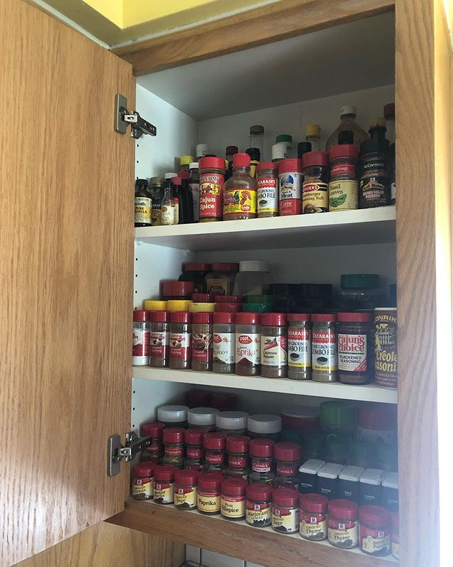 Before and after if a reorganized spice cabinet that I did today #professionalorganizer #professionalorganizing #organized #organization #kitchenorganization