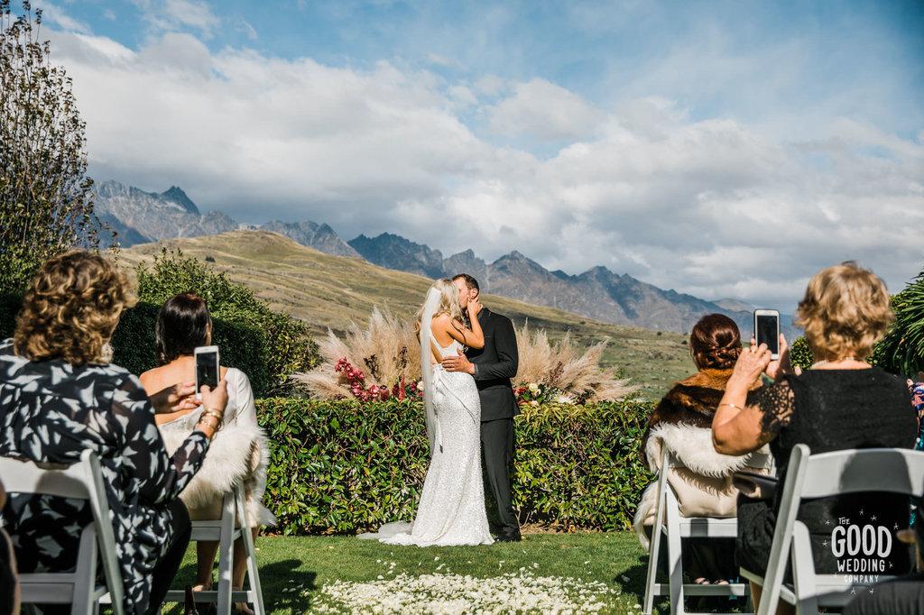 The-Good-Wedding-Company-JessKyle-Queenstown-wedding-photographer-143.jpg