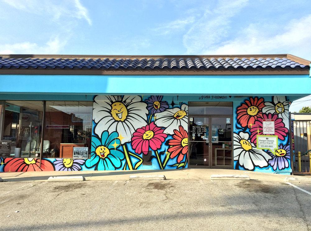 flower_mural_1.jpg
