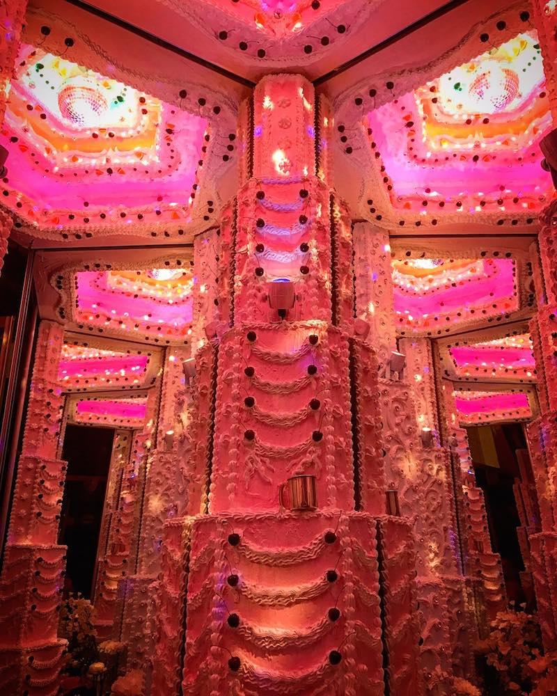 infiniti-cake-room-pink-scott-hove.jpg