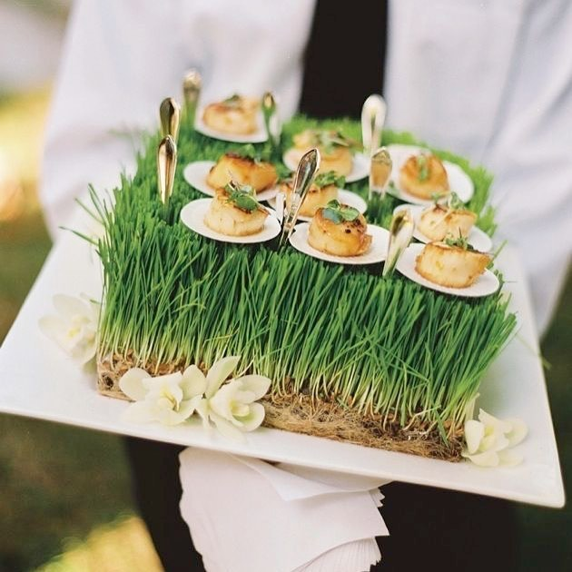 With less than 2 weeks to our summer launch party we're looking at different things for inspiration. Nothing screams summer lawn party like these hor douerves #summer #parties #hordouerves #summerparty #summerevents #events #nyc #nycevents #eventer #eventplanner #eventstylist #partystylist #partyplanner #doyenneeventsbytiffany #love #food #catering