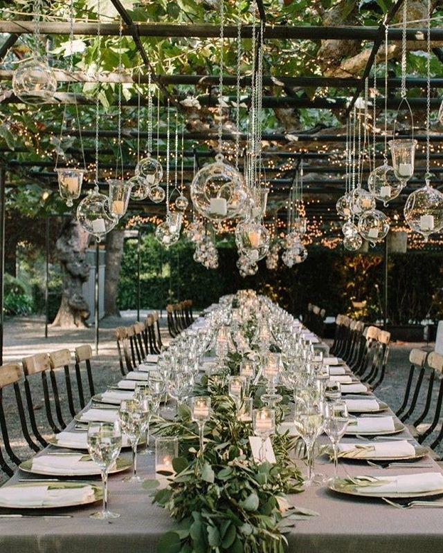 Perfection is the word we'll use to describe this outdoor party set up #love #summer #party #partyplanner #events #eventer #eventplanner #eventstylist #perfection #tablescape #nycevents #nyceventplanner #doyenneeventsbytiffany