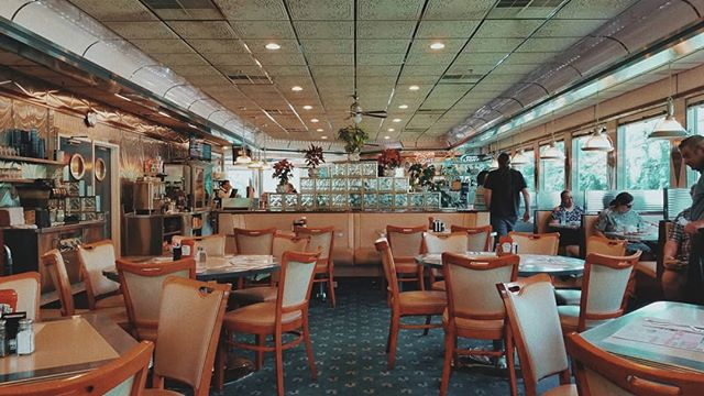 Who doesn't love a good NY diner?