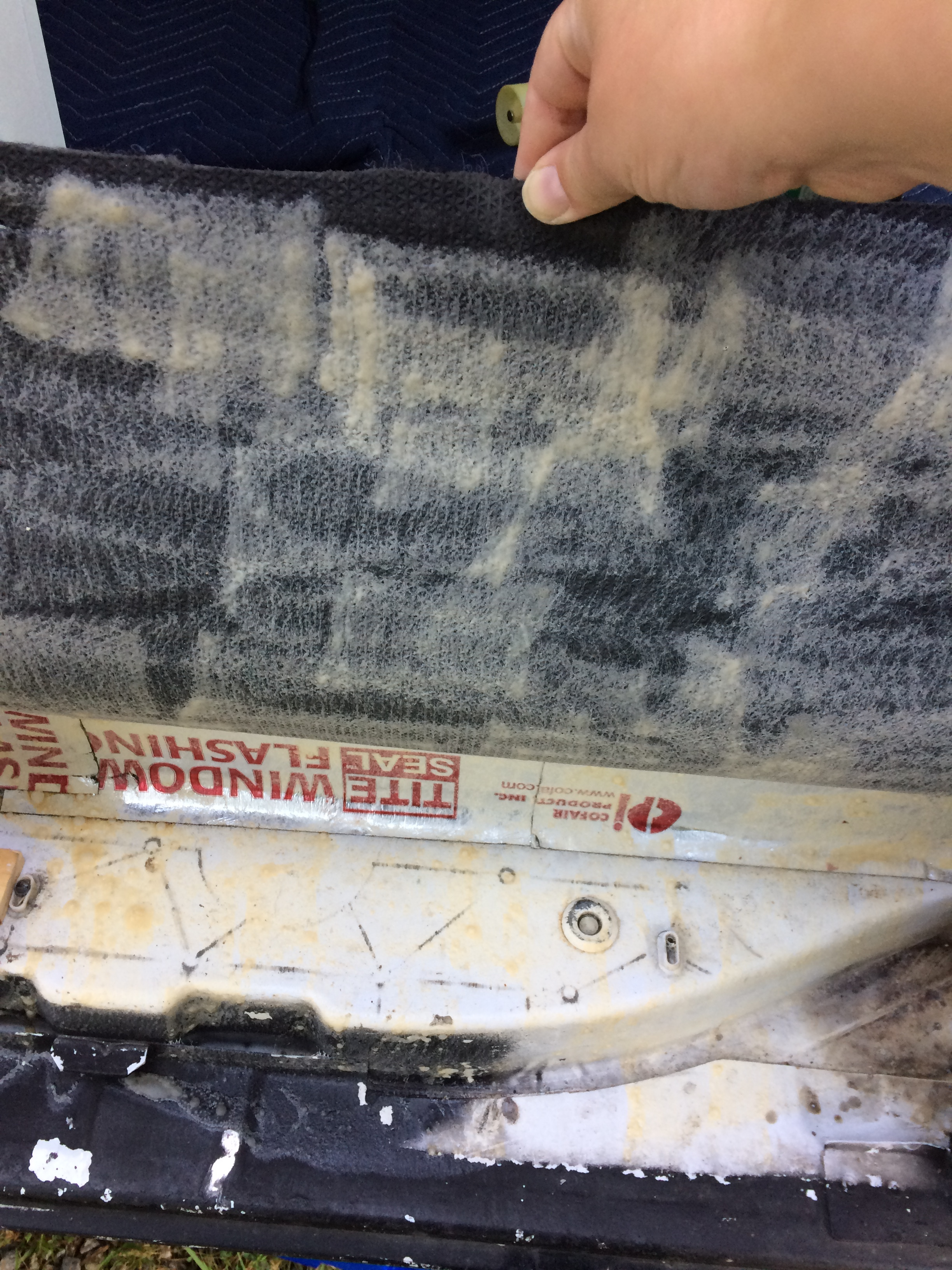 Spraymounting Carpet.jpg