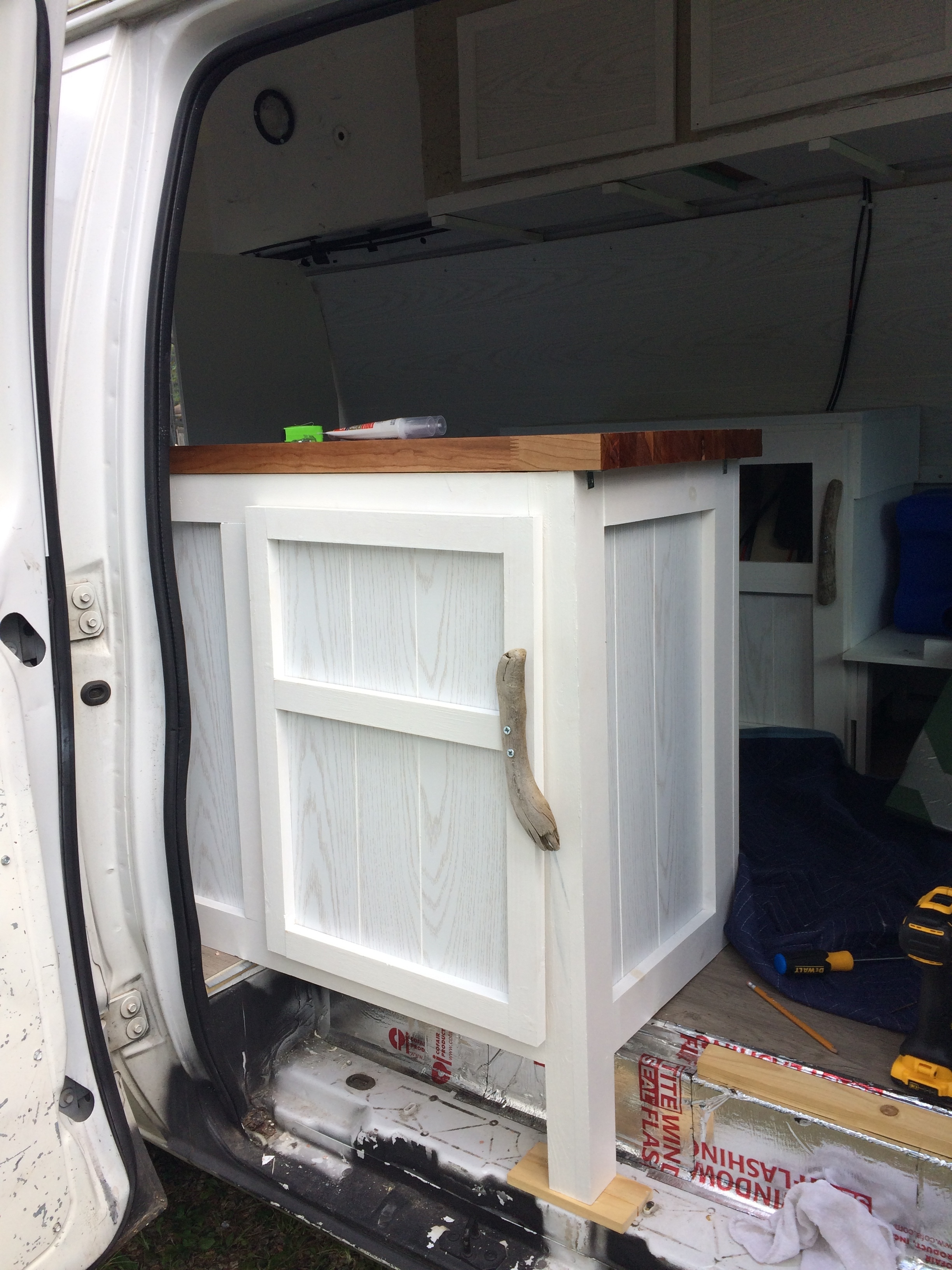 Kitcabinet Door.jpg