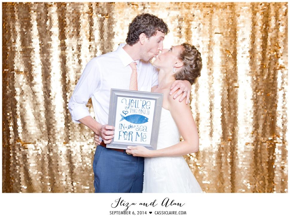 NJ-Wedding-Photobooth-FUNbooth_01.jpg