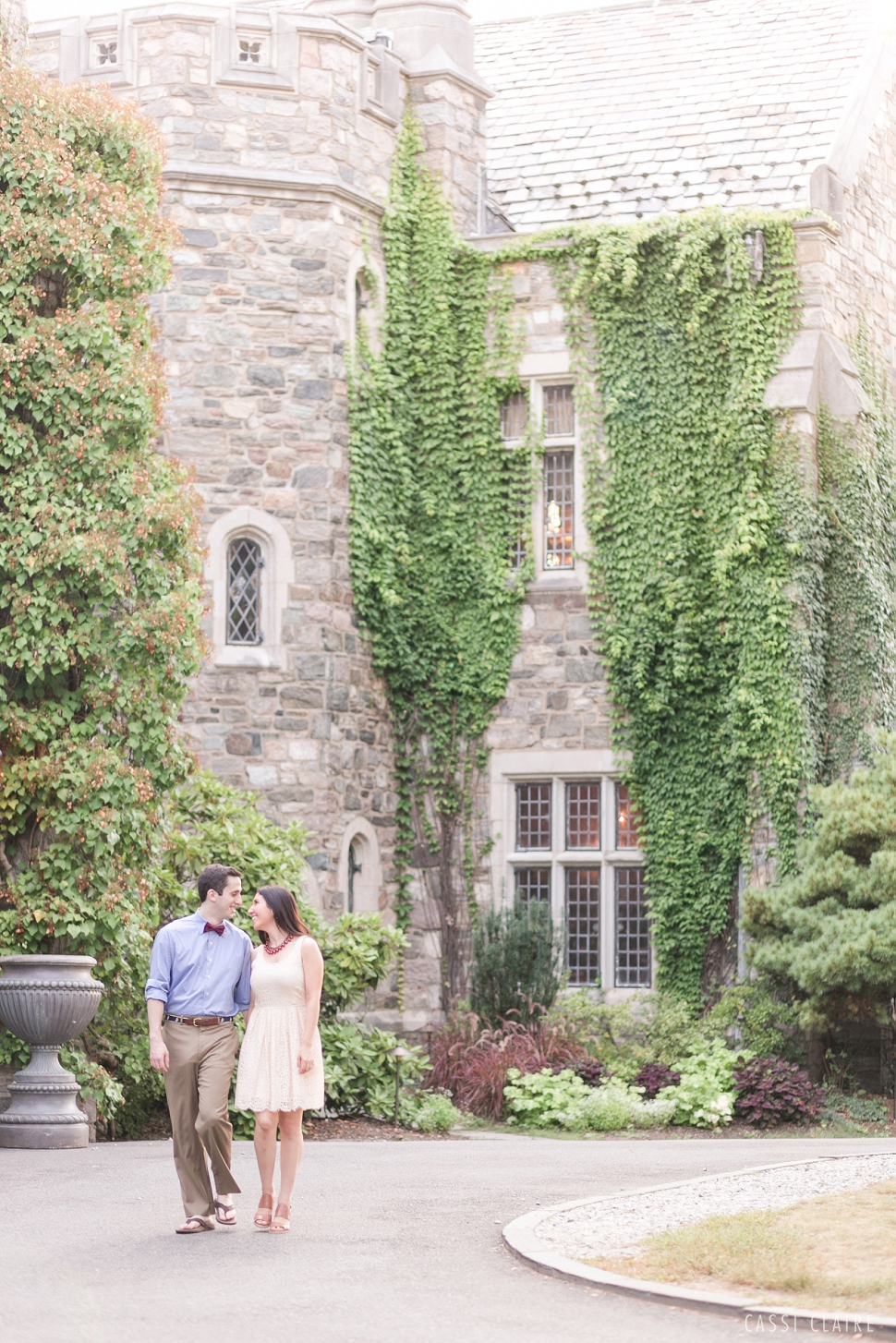 Skylands-Manor-Engagement-Photos_01.jpg