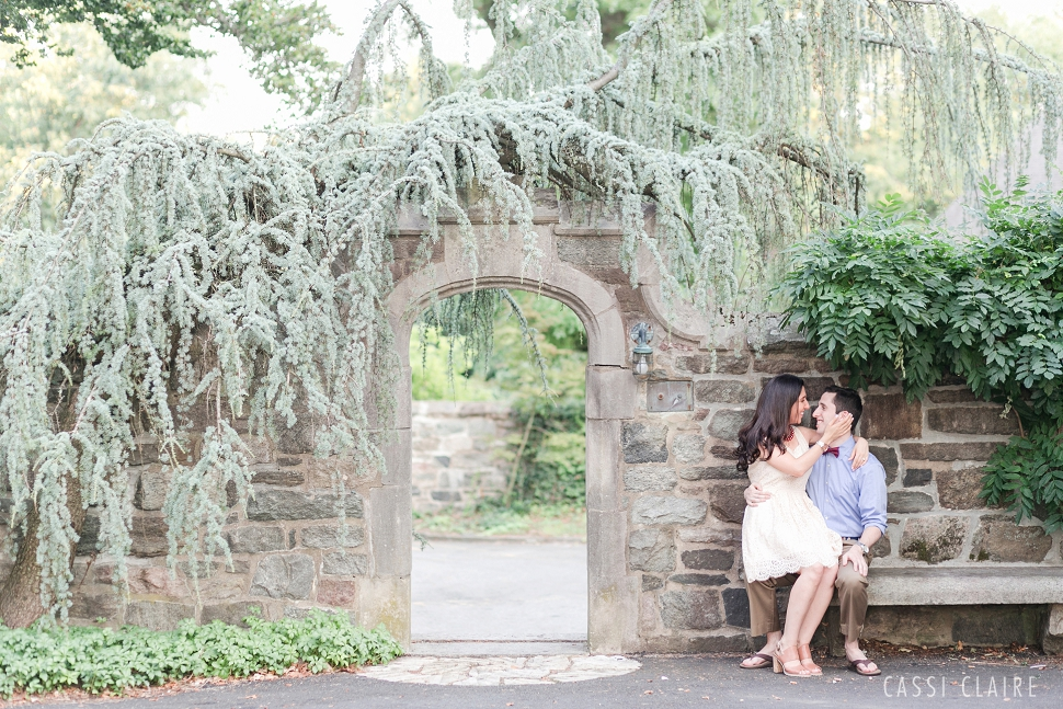Skylands-Manor-Engagement-Photos_04.jpg