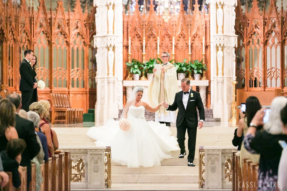 B_Cathedral-Basilica-of-Sacred-Heart-Wedding_19.jpg