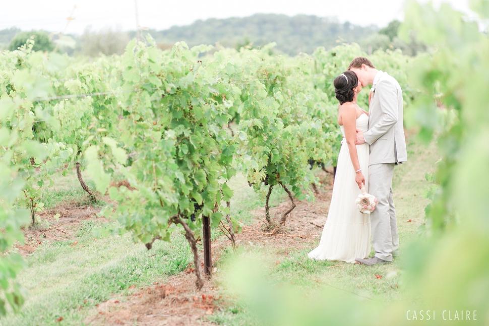 Hopewell-Valley-Vineyards-Wedding_13.jpg