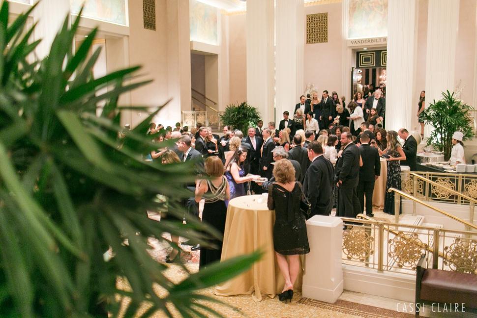 Waldorf-Astoria-Wedding-NYC_CassiClaire_15.jpg