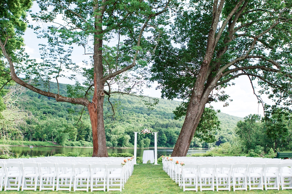 Shawnee-Inn-Wedding-Photographer_CassiClaire_03.jpg