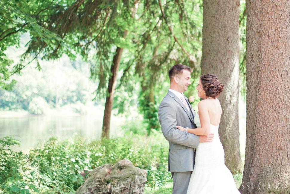 Shawnee-Inn-Wedding-Photographer_CassiClaire_11.jpg