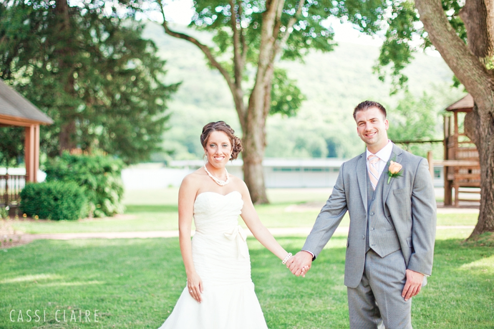 Shawnee-Inn-Wedding-Photographer_CassiClaire_16.jpg
