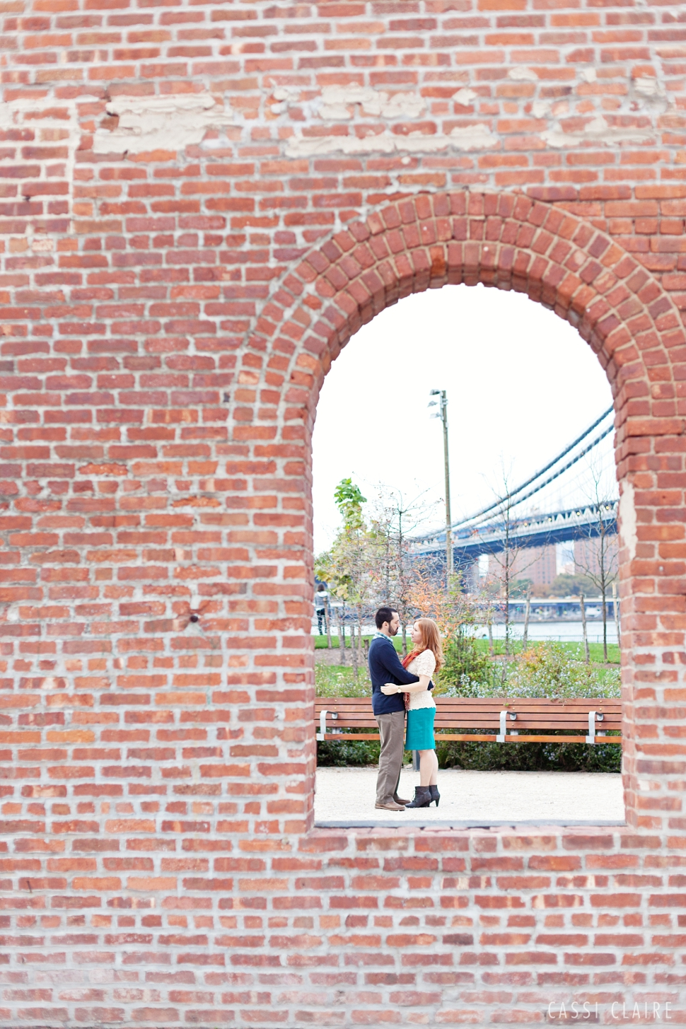 DUMBO-Engagement-Photos_CassiClaire_06.jpg