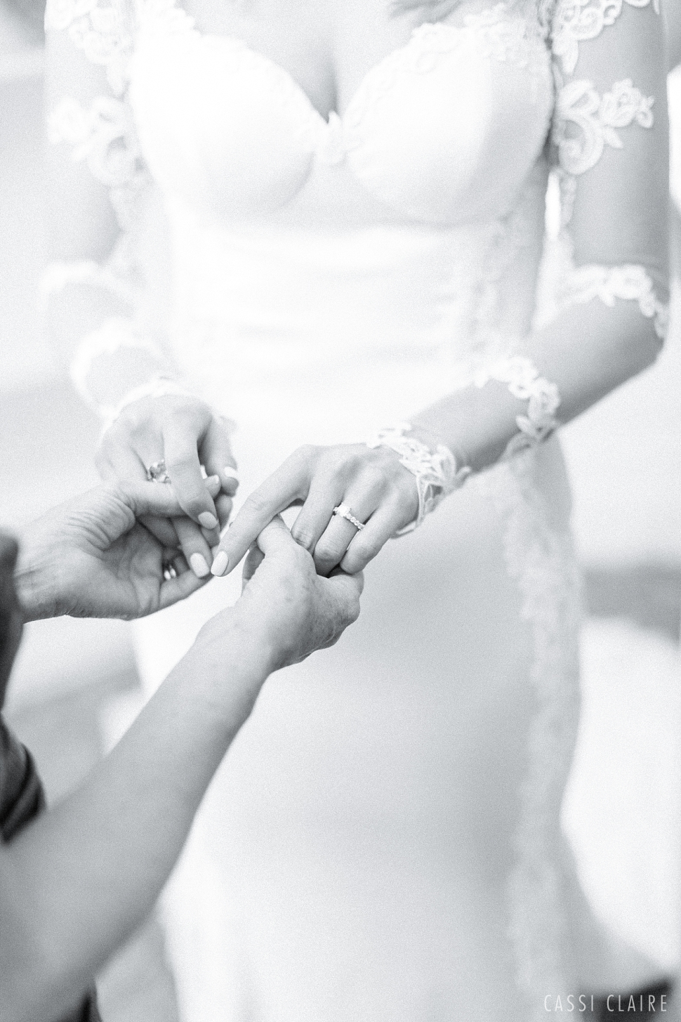 Bright-Happy-NJ-Wedding-Photographer-CassiClaire_61.jpg