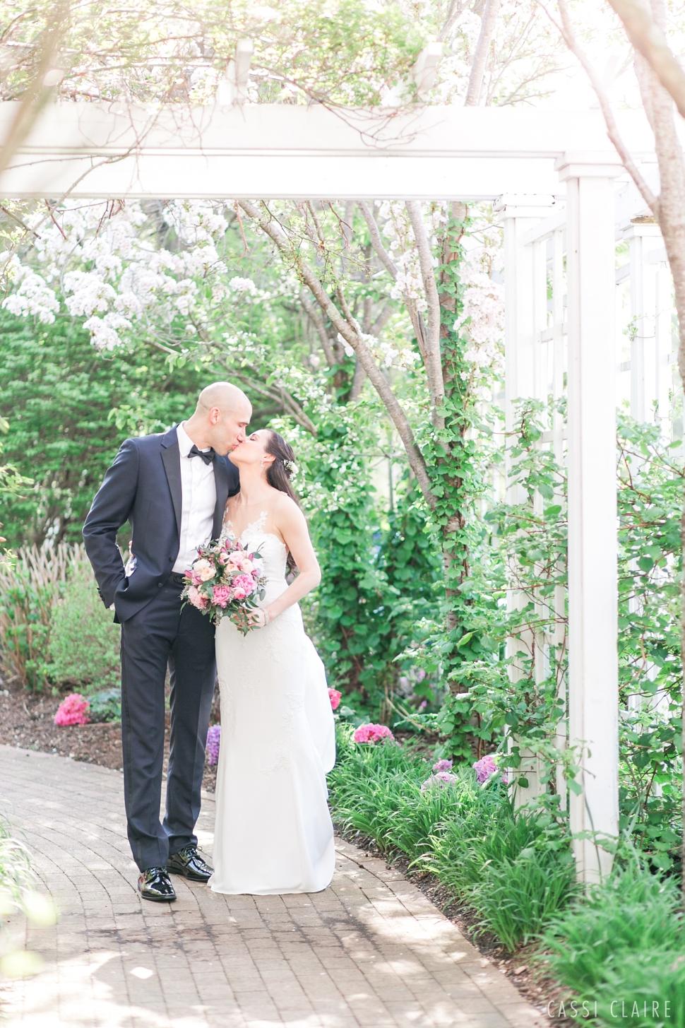 Cherry-Blossom-Wedding_CassiClaire_21.jpg