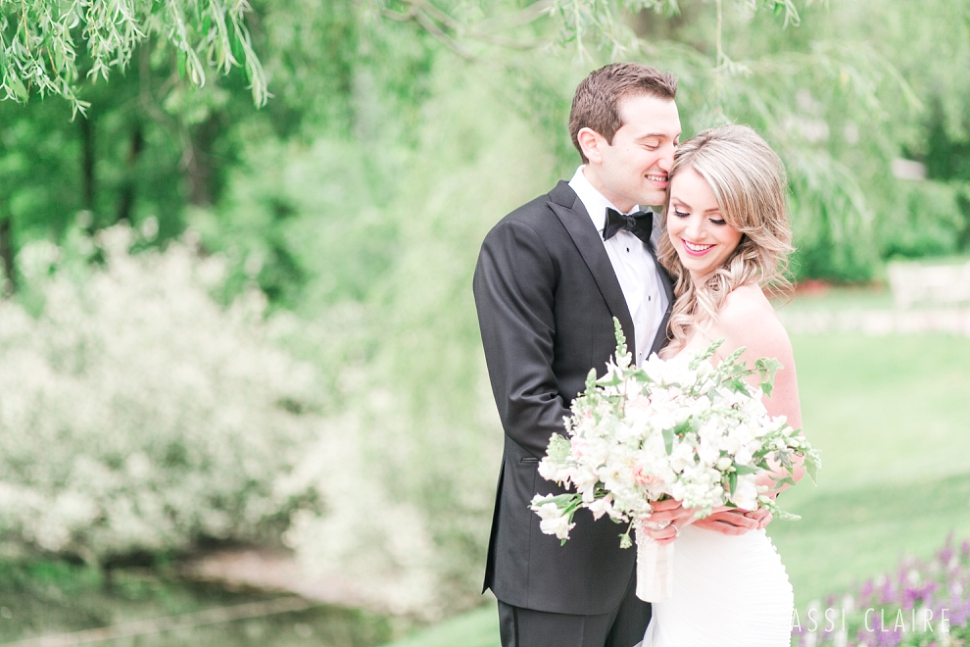 Crest-Hollow-Country-Club-Wedding_CassiClaire_01.jpg