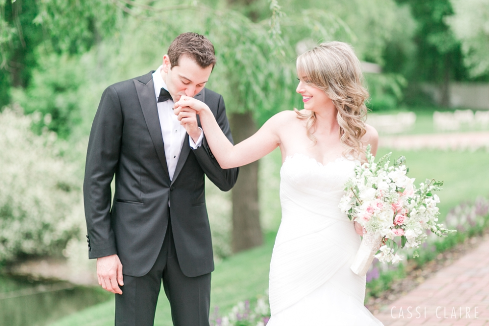 Crest-Hollow-Country-Club-Wedding_CassiClaire_14.jpg