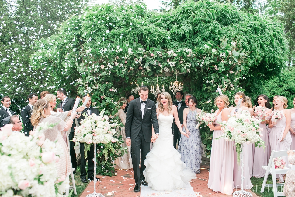 Crest-Hollow-Country-Club-Wedding_CassiClaire_32.jpg