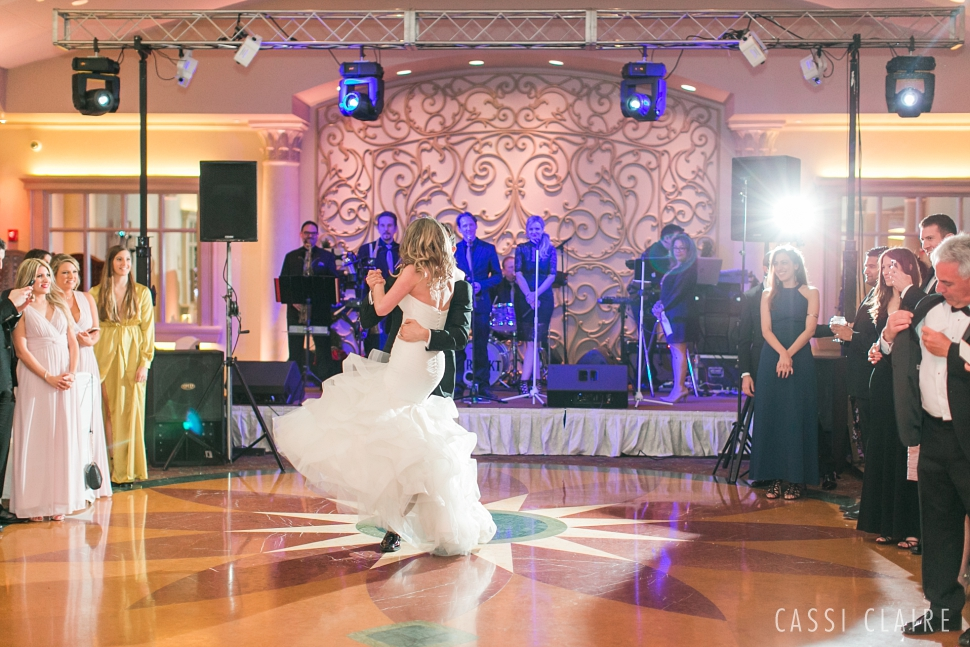 Crest-Hollow-Country-Club-Wedding_CassiClaire_39.jpg