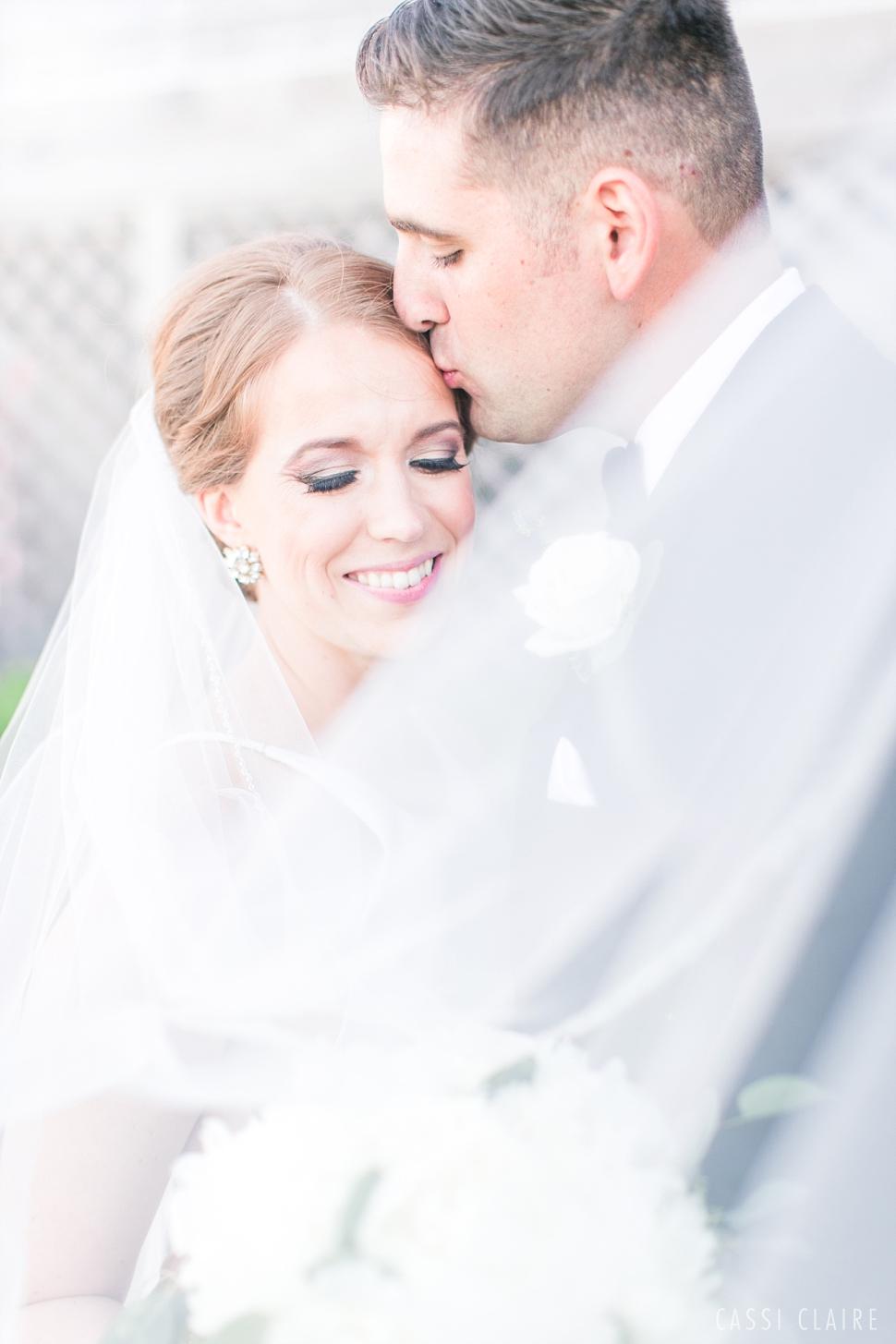 Martha_Clara_Vineyards_Wedding_01.jpg