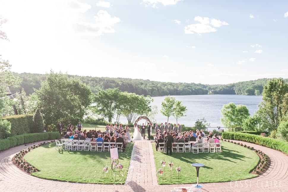 Lake-House-Inn-PA-Wedding_Cassi-Claire_34.jpg