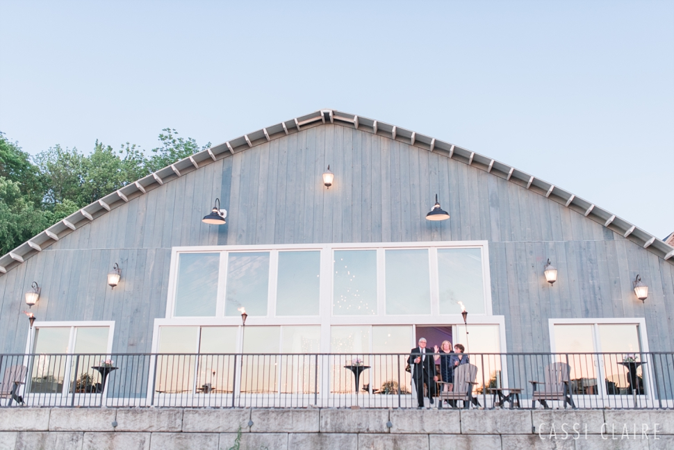Lake-House-Inn-PA-Wedding_Cassi-Claire_38.jpg