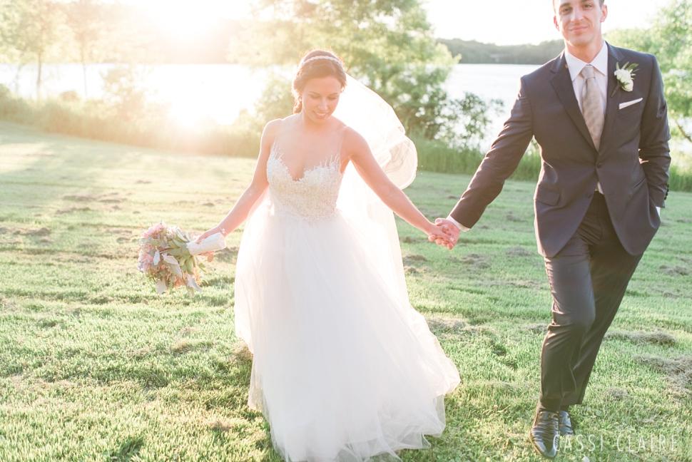 Lake-House-Inn-PA-Wedding_Cassi-Claire_37.jpg