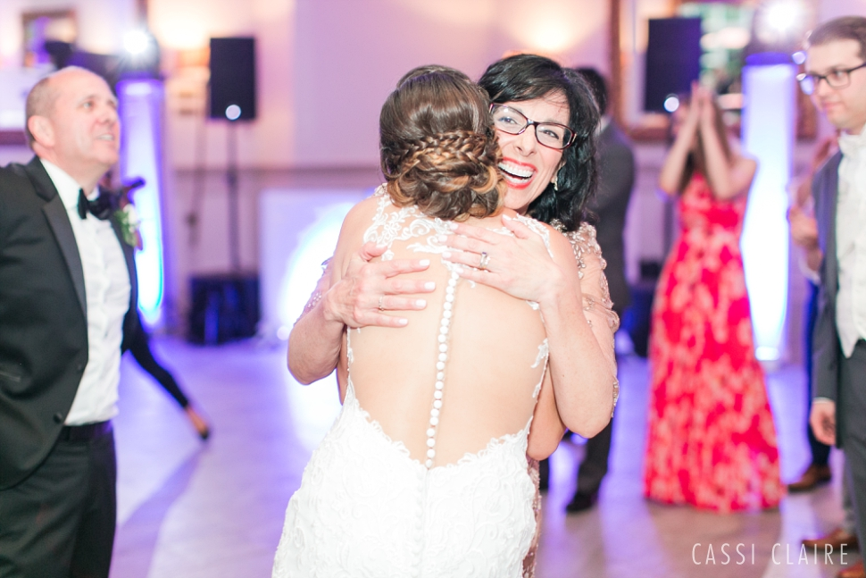 Stone-House-at-Stirling-Ridge-Wedding_CassiClaire_43.jpg
