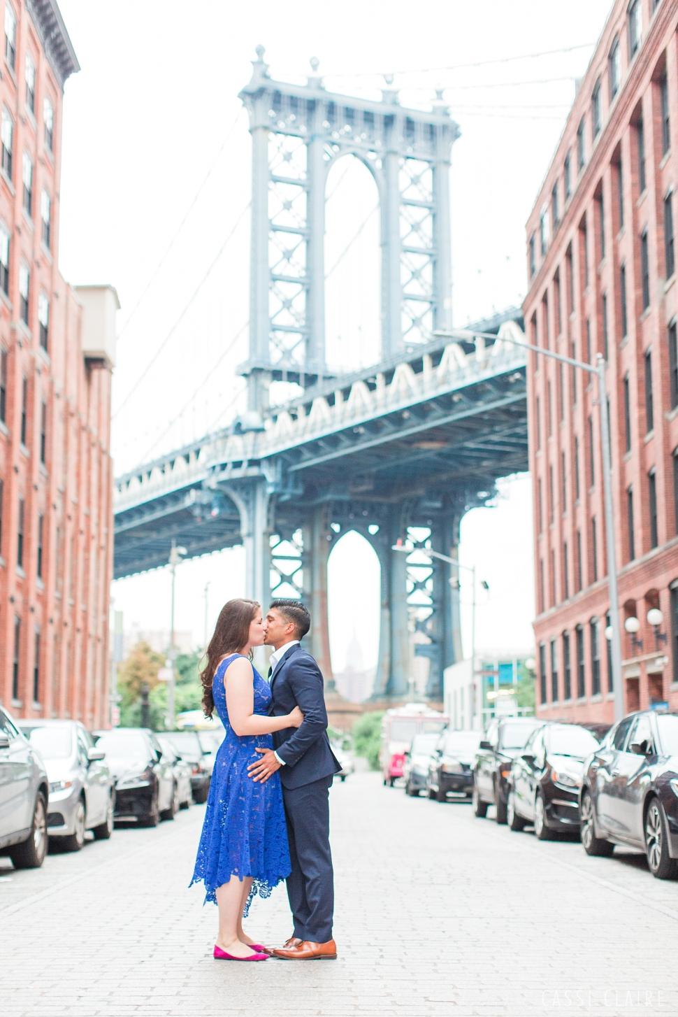 DUMBO-Brooklyn-Engagement-Photos_12.jpg