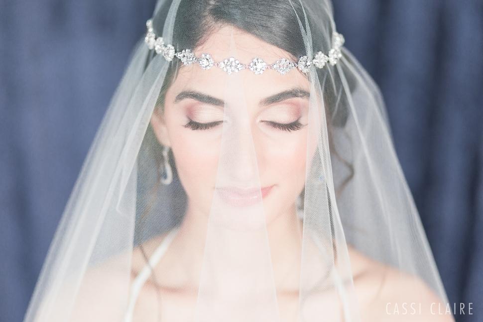 Blue-Monotone-Wedding_CassiClaire_09.jpg