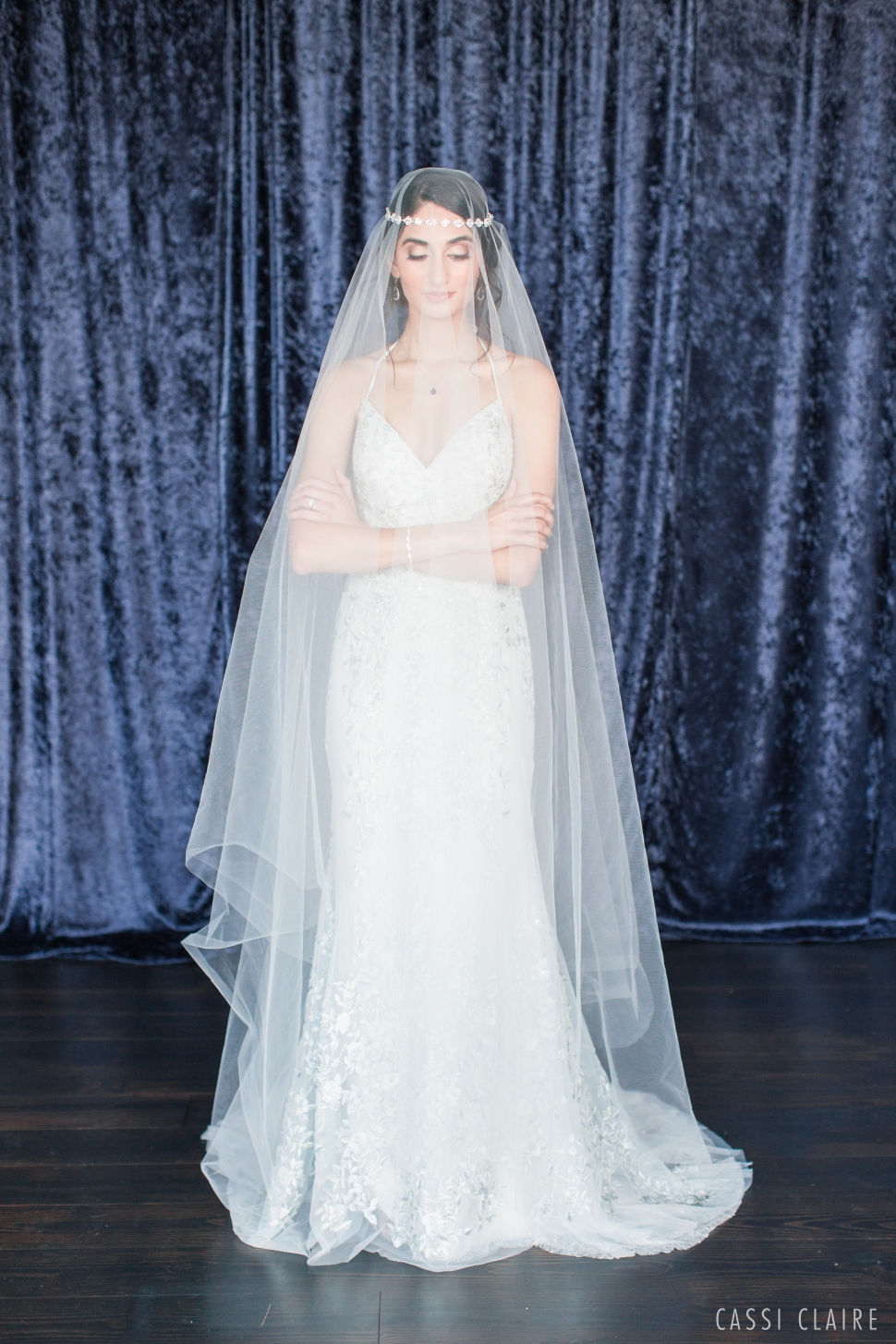 Blue-Monotone-Wedding_CassiClaire_17.jpg