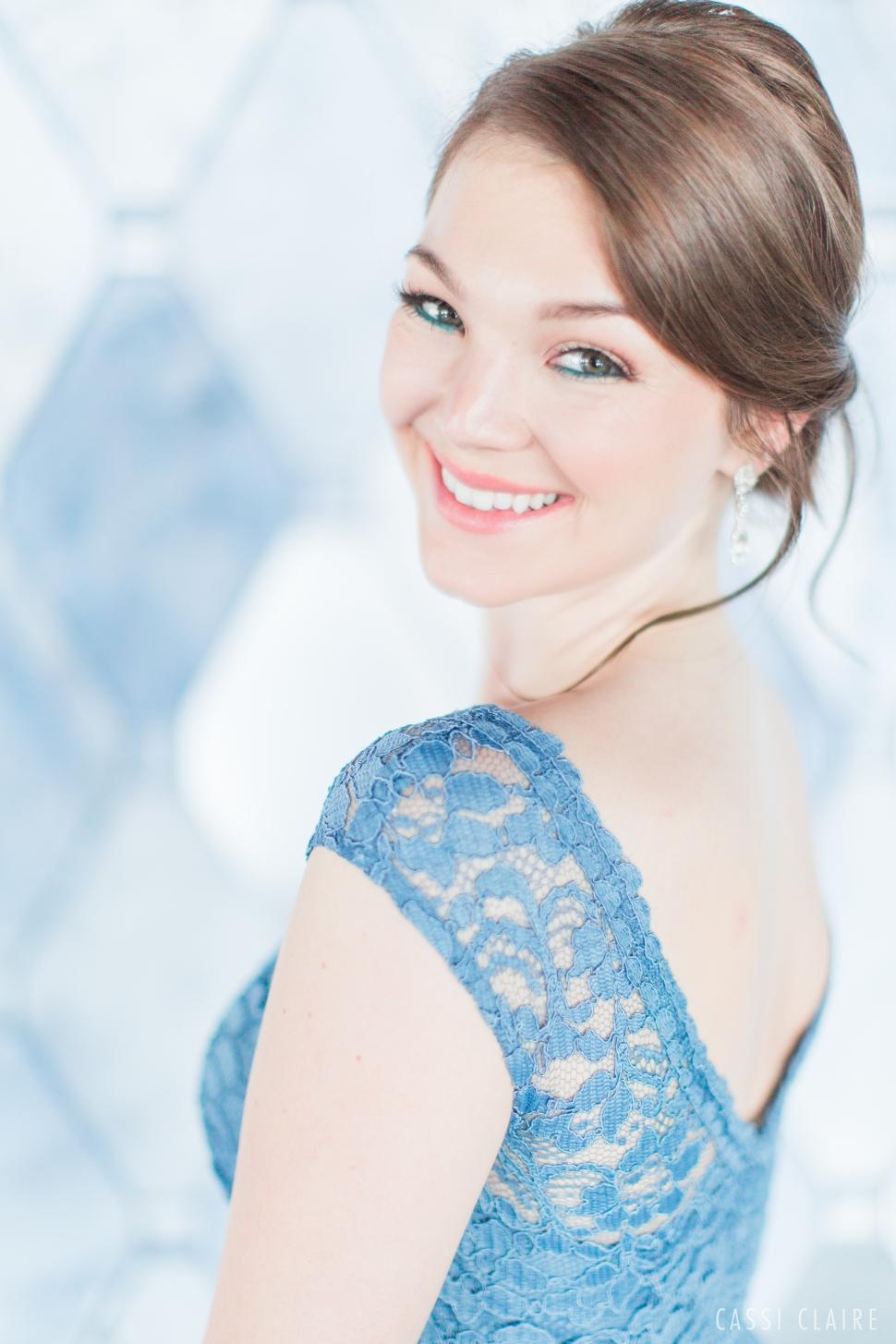 Blue-Monotone-Wedding_CassiClaire_19.jpg