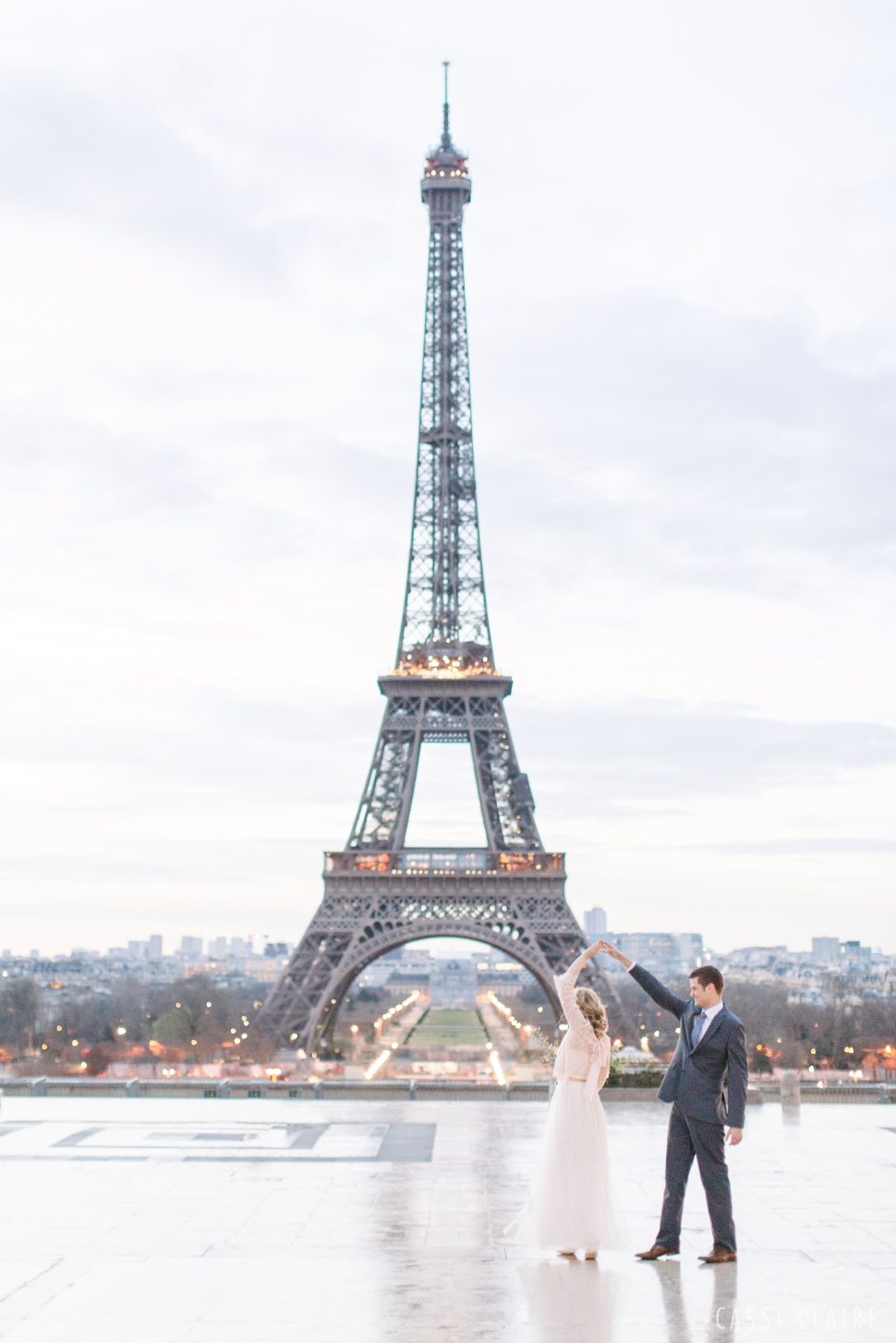 Paris-France-Wedding_CassiClaire_01.jpg