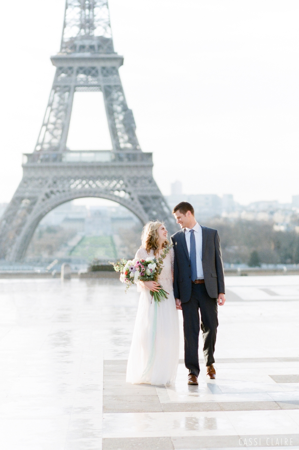 Paris-France-Wedding_CassiClaire_07.jpg