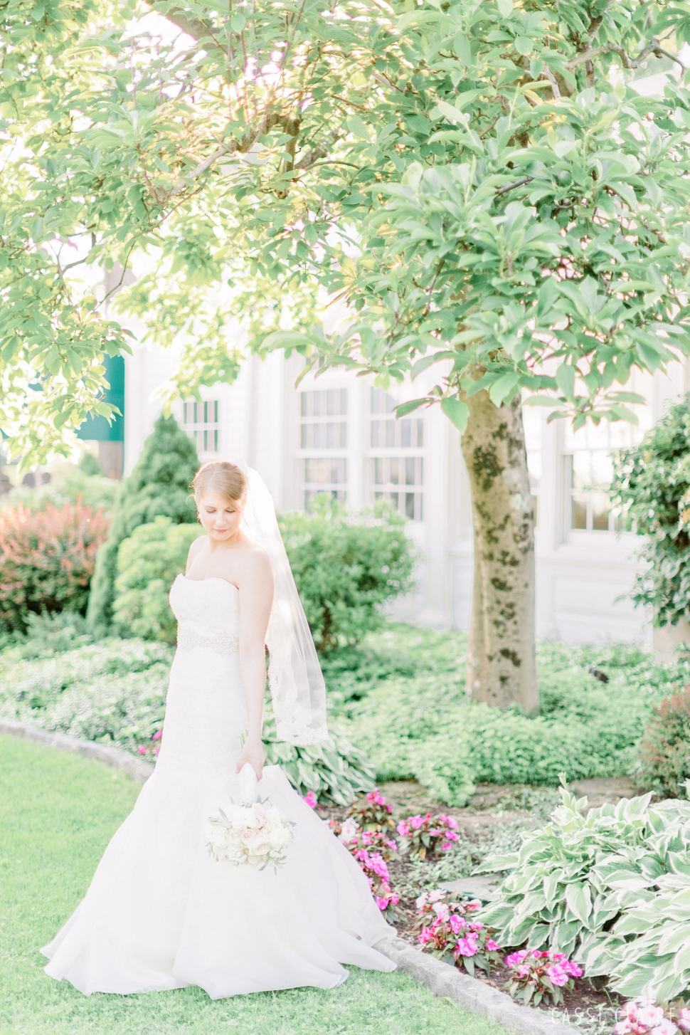 Waccabuc-Country-Club-Wedding-New-York-Wedding-Photographer_13.jpg