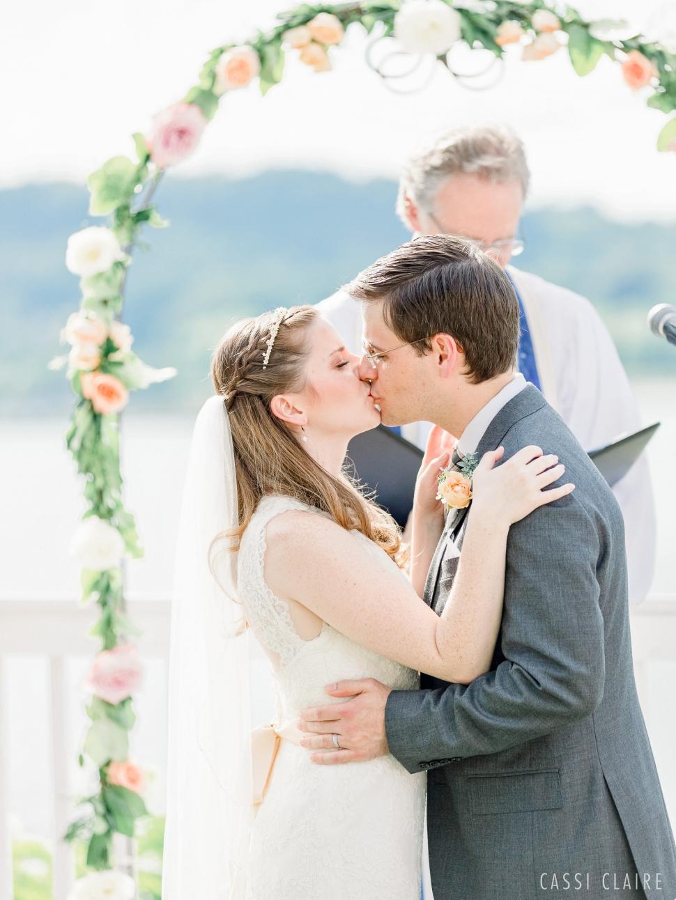 Rhinecliff-Hotel-Wedding-Photos-Hudson-Valley-Wedding-Photographer_14.jpg
