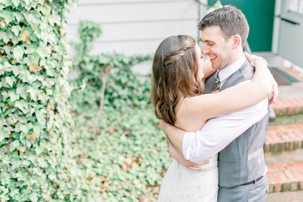 Three-Village-Inn-Wedding-Photos-Stonybrook-Long-Island_05.jpg