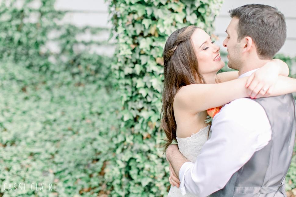 Three-Village-Inn-Wedding-Photos-Stonybrook-Long-Island_07.jpg