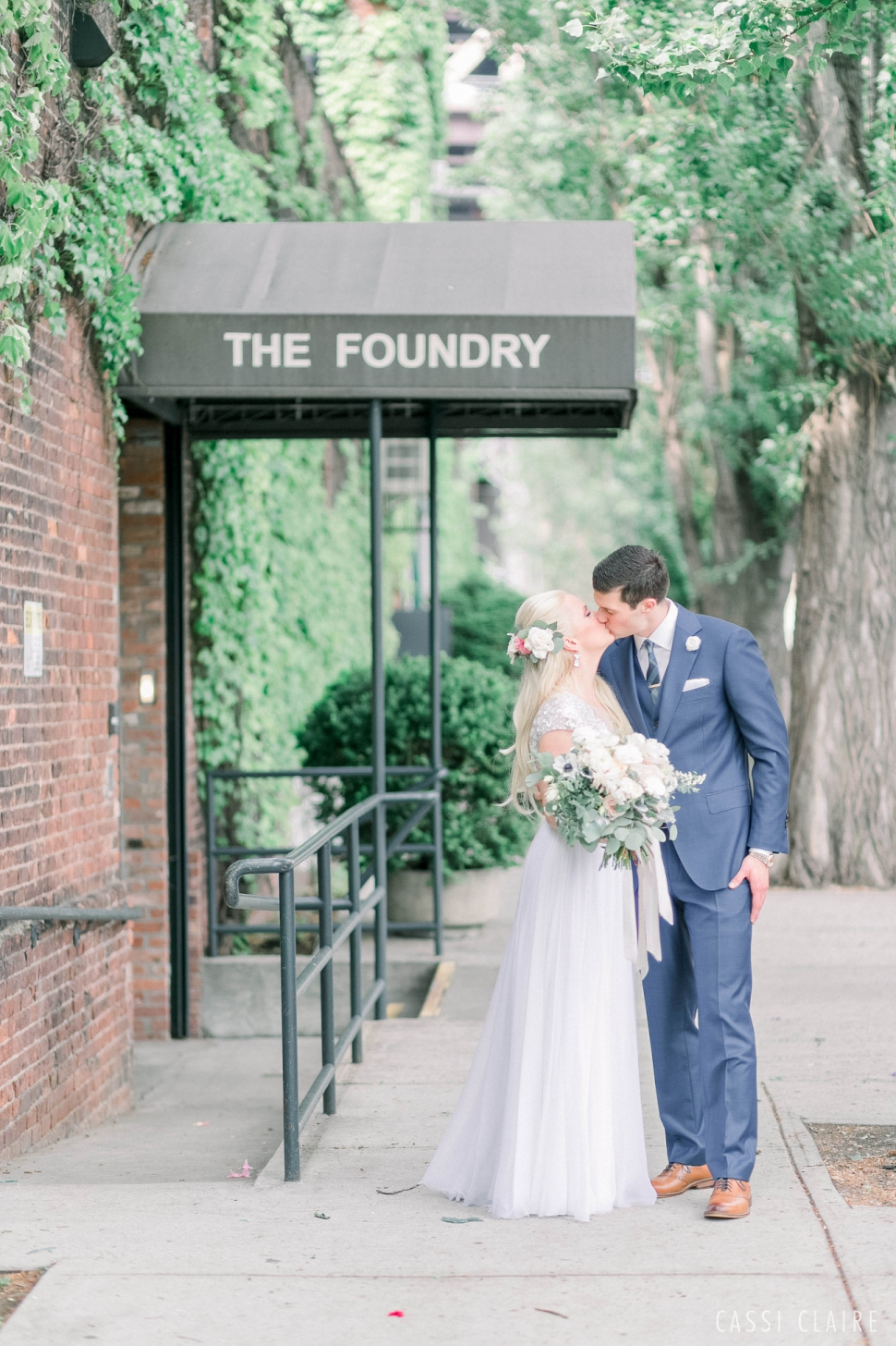 The-Foundry-LIC-Wedding_CassiClaire_01.jpg