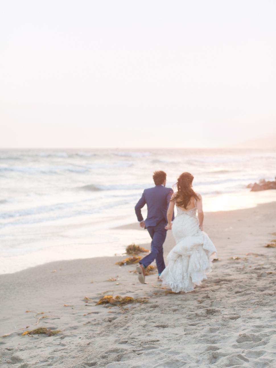 Malibu-Wedding-Photographer-Cassi-Claire-Malibu-West-Beach-Club-Wedding_20.jpg