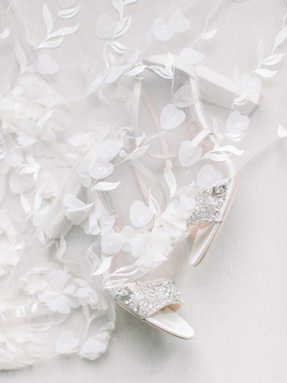 Connecticut-Wedding-Photographer-Cassi-Claire-Barns-at-Wesleyan-Hills-Wedding_06.jpg