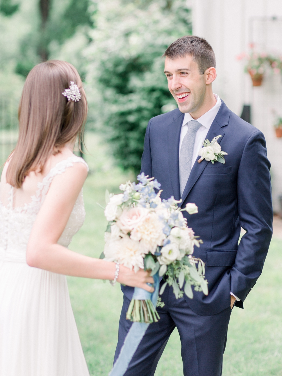 Connecticut-Wedding-Photographer-Cassi-Claire-Barns-at-Wesleyan-Hills-Wedding_08.jpg