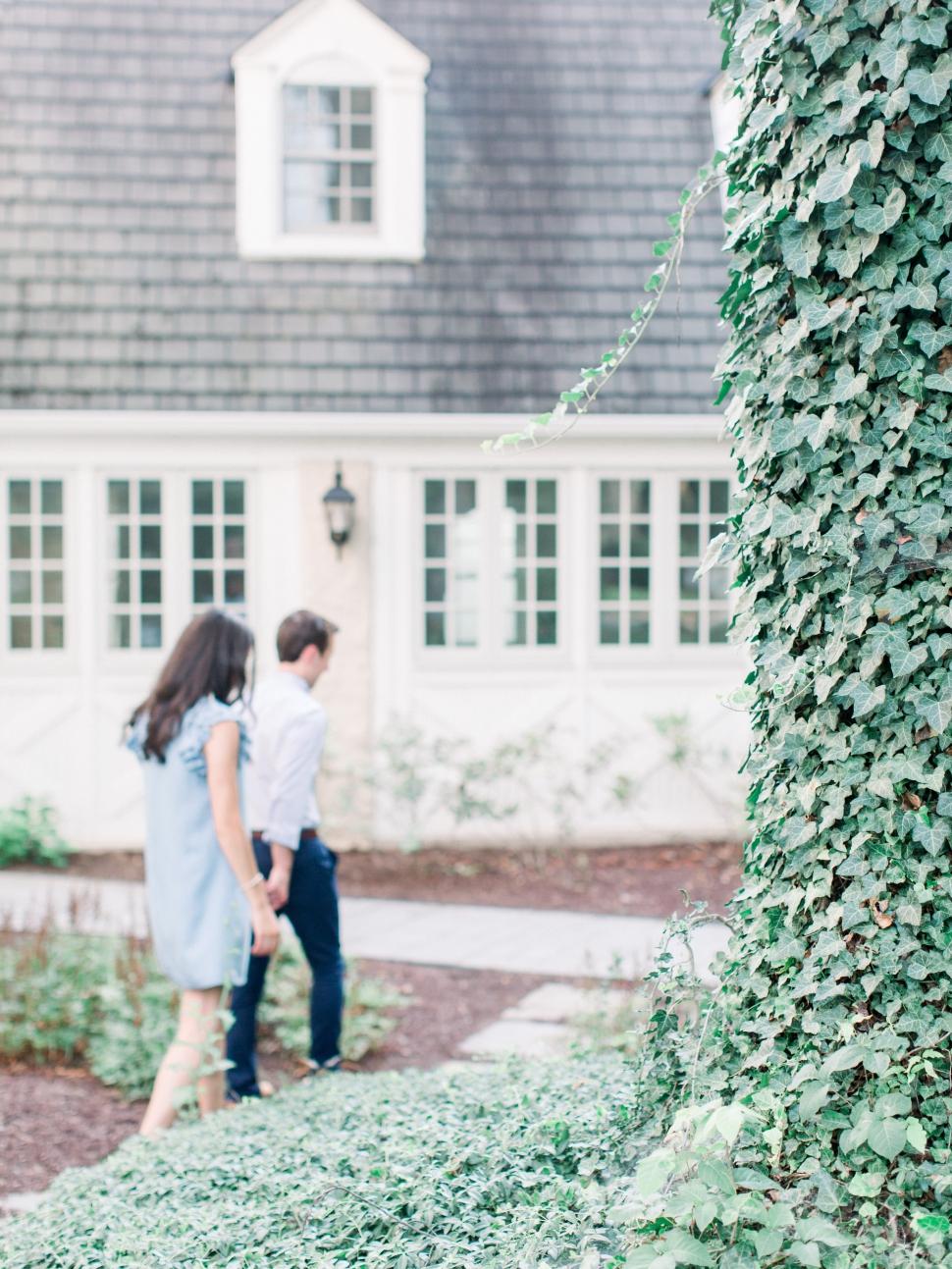 Philadelphia-Wedding-Photographer-Cassi-Claire-Saint-Josephs-University-Engagement_07.jpg