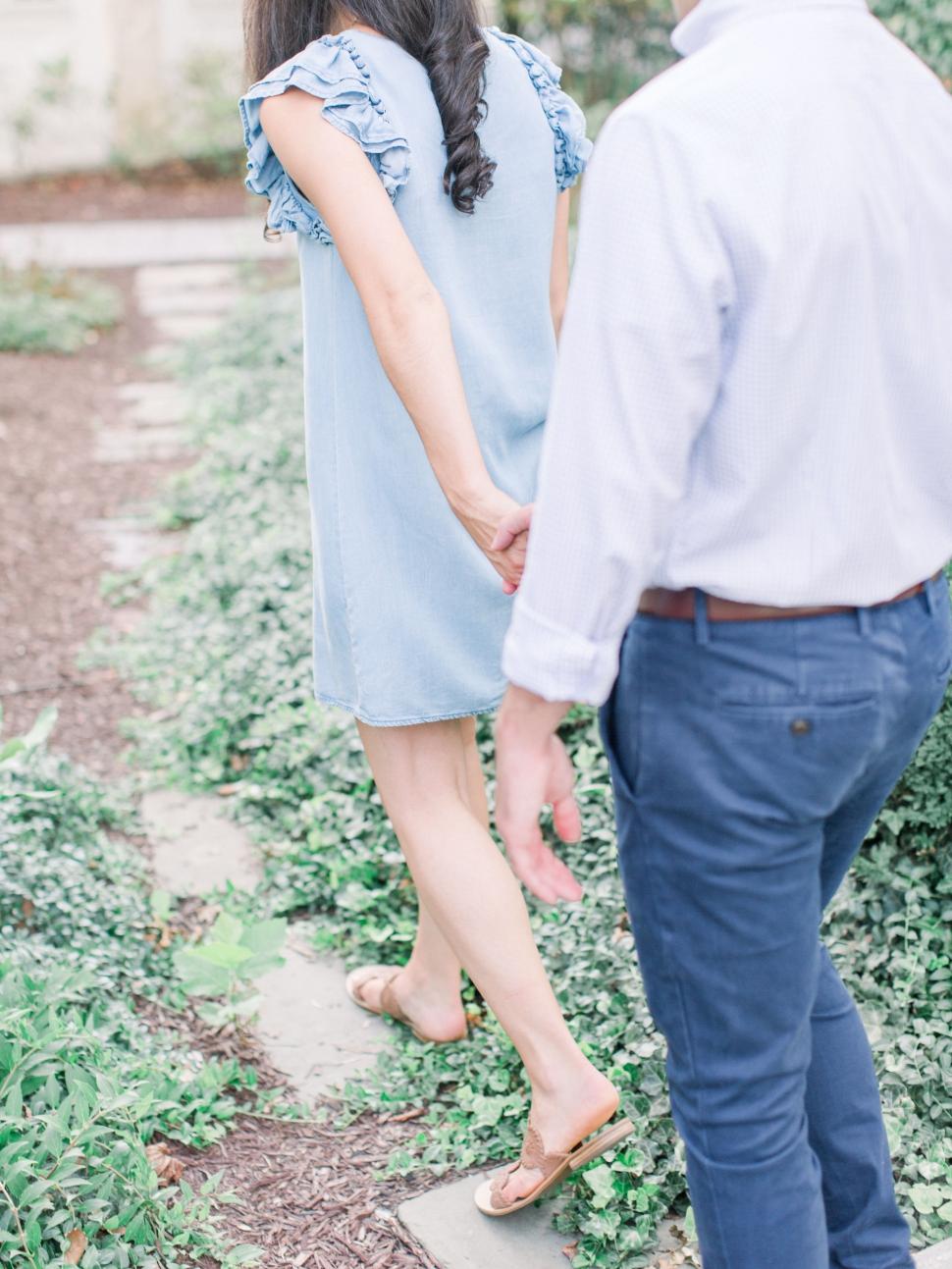 Philadelphia-Wedding-Photographer-Cassi-Claire-Saint-Josephs-University-Engagement_14.jpg